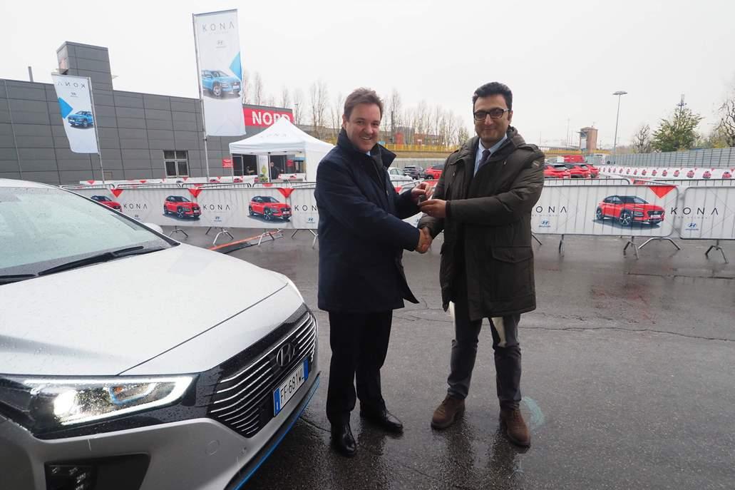 Hyundai_IONIQ_Hybrid_Comune_Bologna_electric_motor_news_01