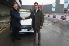 Hyundai_IONIQ_Hybrid_Comune_Bologna_electric_motor_news_02