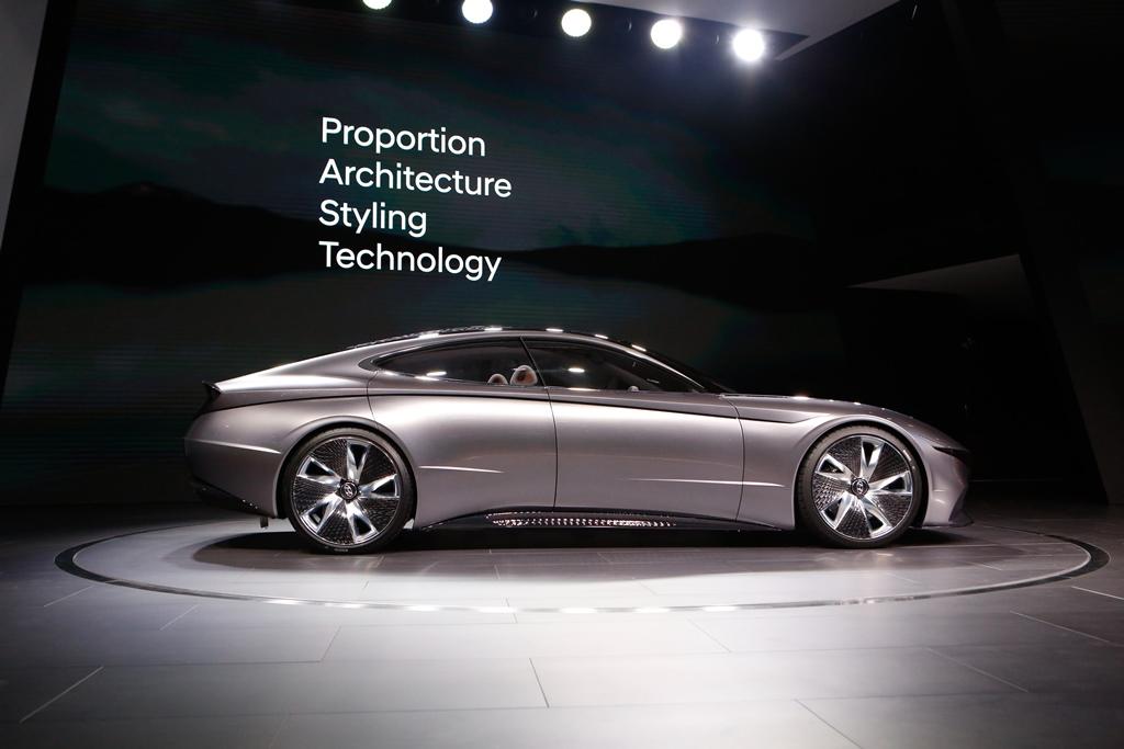 hyundai_le_fil_rouge_concept_car_electric_motor_news_08