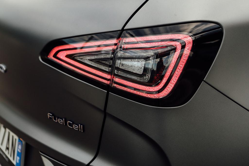 hyundai_nexo_fuel_cell_electric_motor_news_13