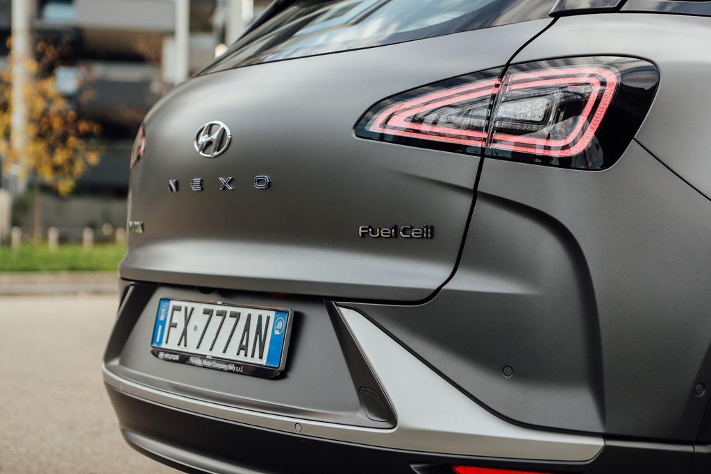 hyundai_nexo_fuel_cell_electric_motor_news_19