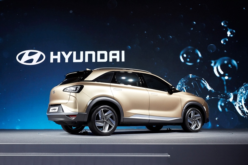 hyundai_fuel_cell_suv_generation_2_05