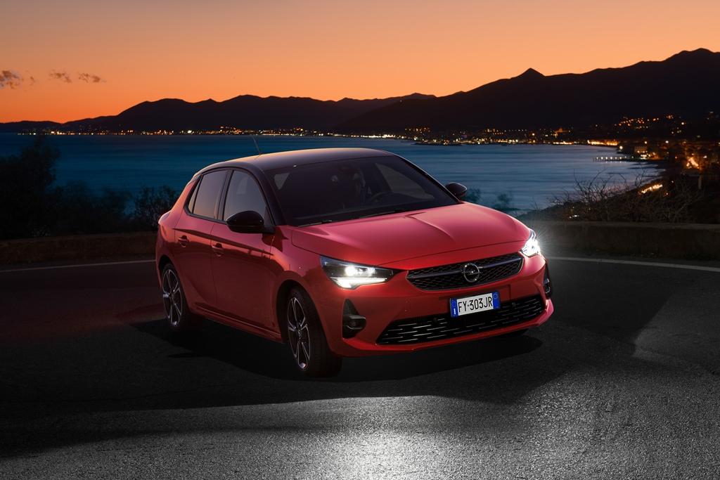 Opel-Corsa-Intellilux-510842