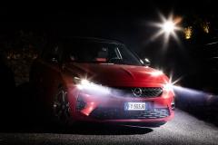 Opel-Corsa-Intellilux-510840