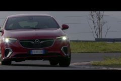 Opel-Insignia-GSi-505060