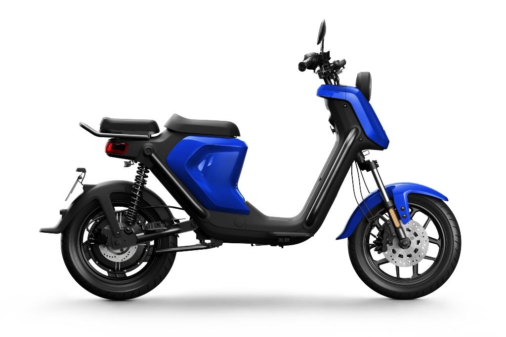 NIU-UQi-GT-rightward-blue
