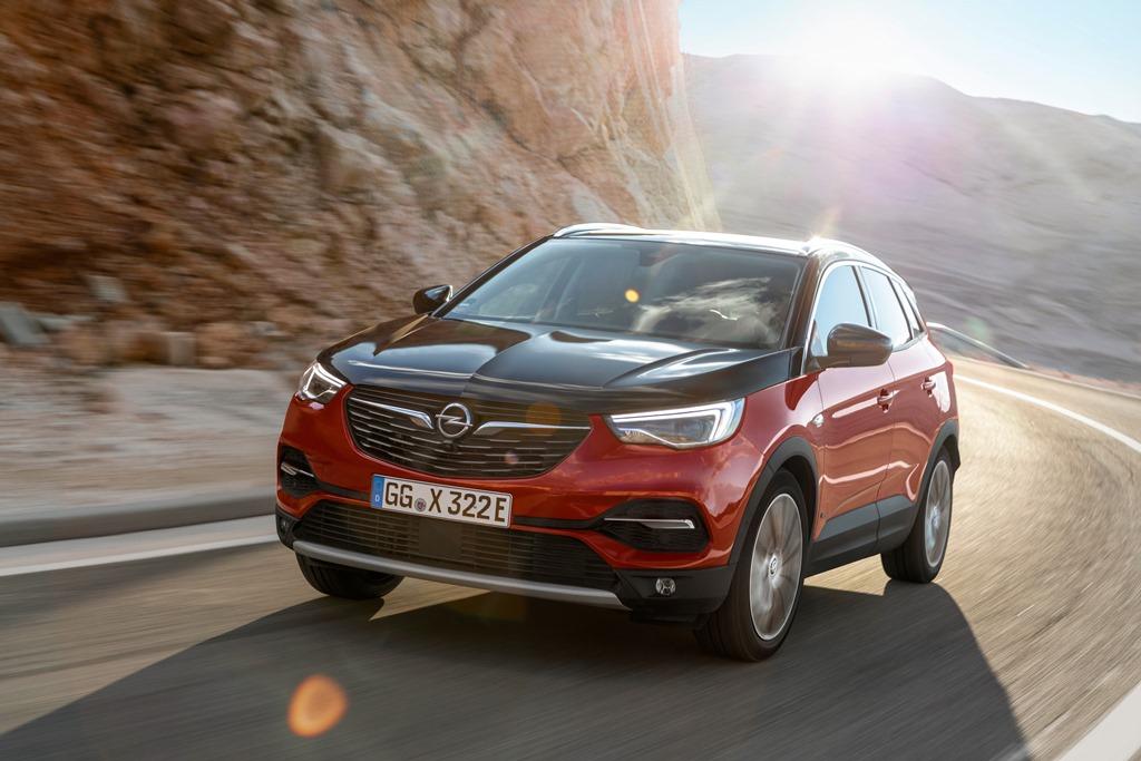 Opel-Grandland-X-Hybrid4-506689_1