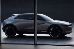 hyundai_45_ev_concept_electric_motor_news_01