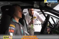 14 Jaguar I-pace volante