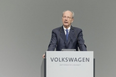 volkswagen_annual_meeting_electric_motor_news_06