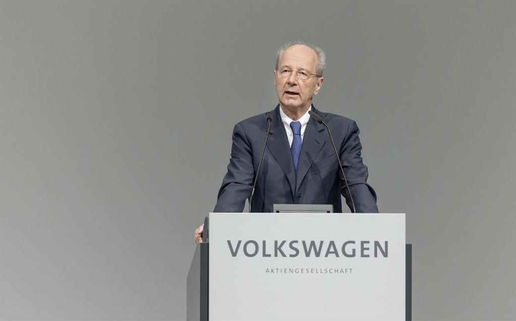 volkswagen_annual_meeting_electric_motor_news_06