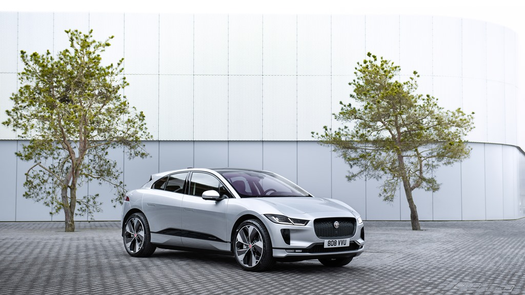 1_jaguar_i-pace_my_2021_electric_motor_news_03