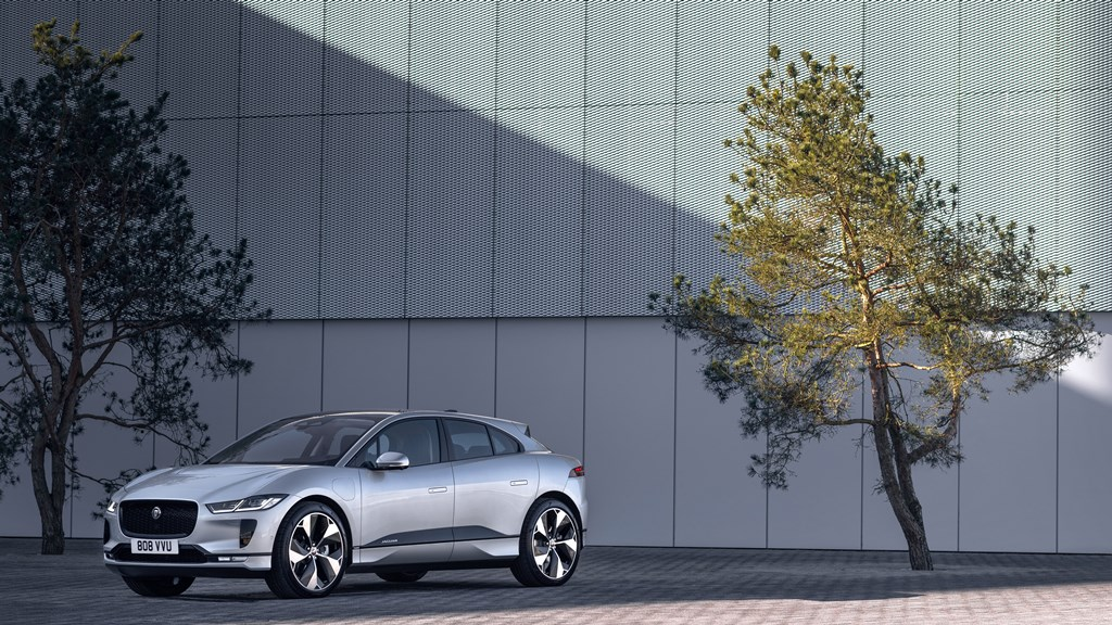 1_jaguar_i-pace_my_2021_electric_motor_news_04