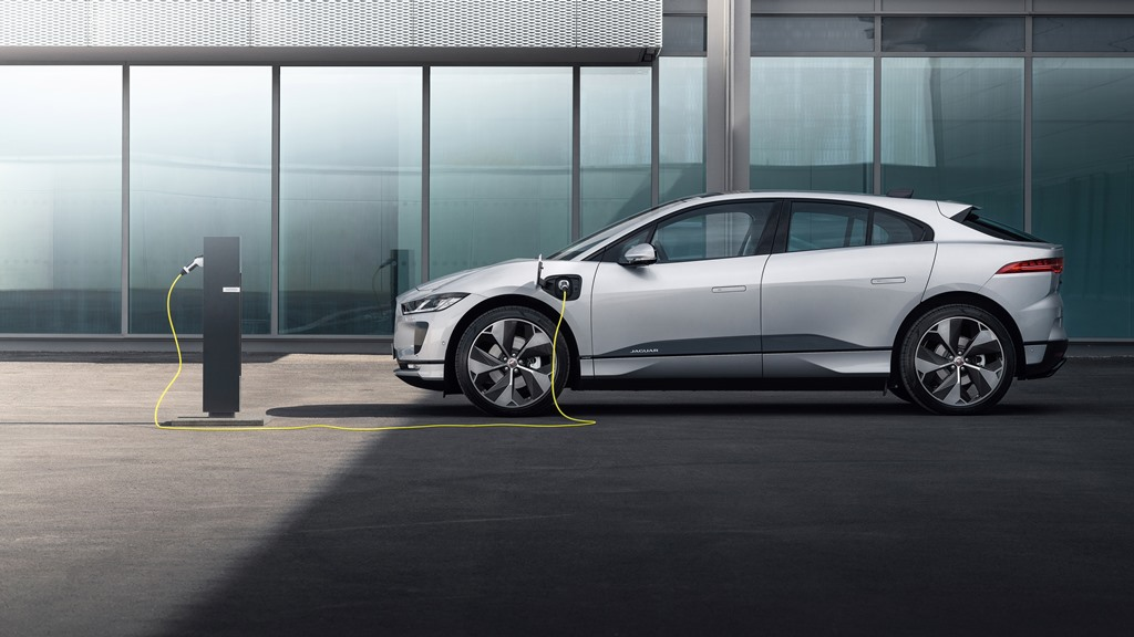 1_jaguar_i-pace_my_2021_electric_motor_news_13