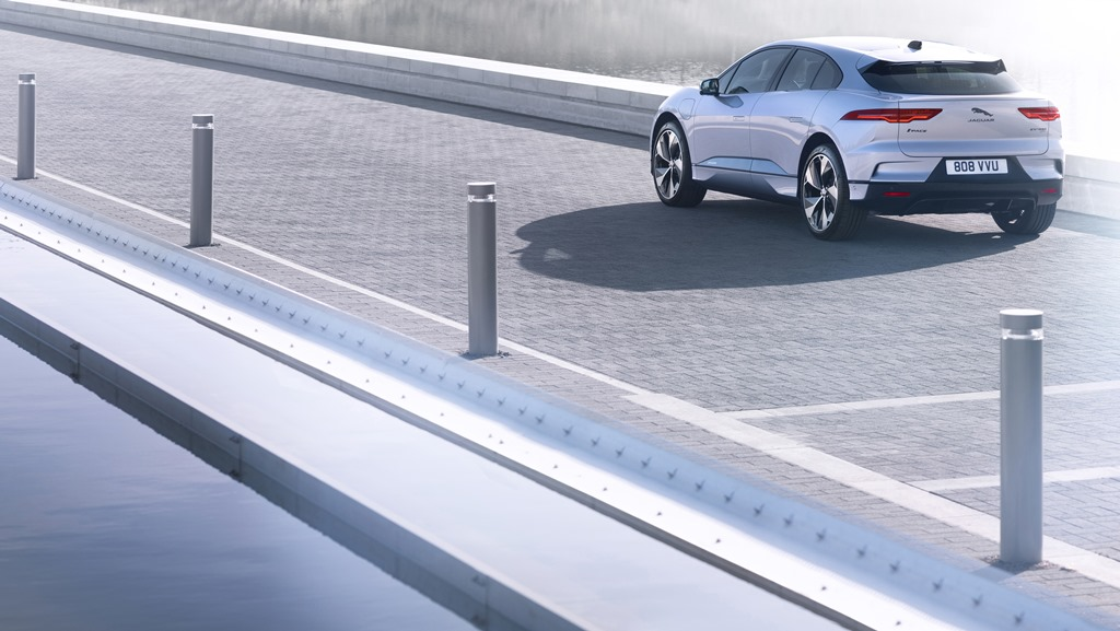 jaguar_i-pace_my_2021_electric_motor_news_18