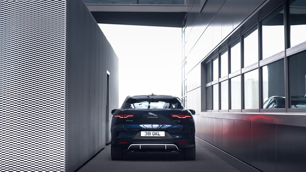 jaguar_i-pace_my_2021_electric_motor_news_25