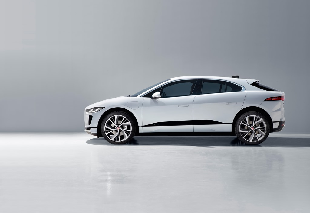 jaguar_i-pace_my_2021_electric_motor_news_29