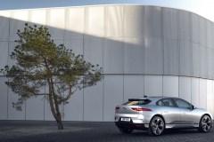 1_jaguar_i-pace_my_2021_electric_motor_news_05