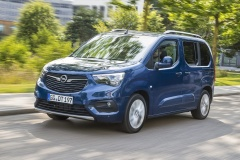 02-Opel-Combo-Life-504160