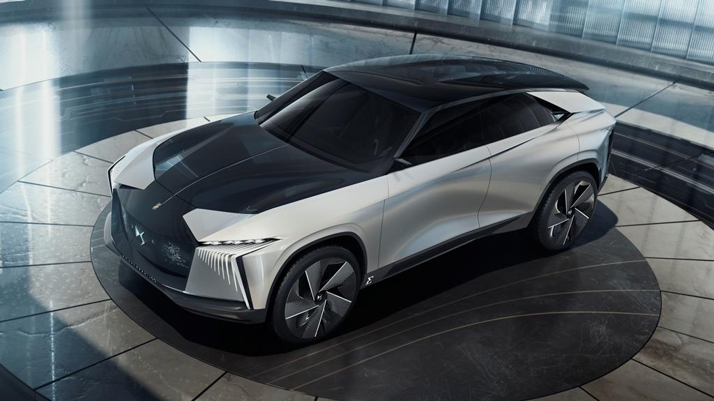 ds_aero_sport_lounge_2020_electric_motor_news_04