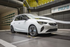 opel_corsa_wind_tunnel_electric_motor_news_02
