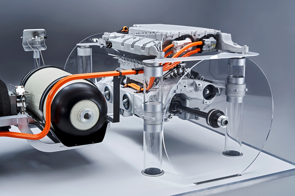 bmw_i_hydrogen_fuel_cell_electric-motor_news_01