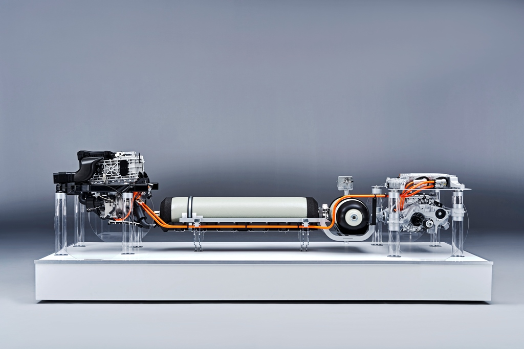 bmw_i_hydrogen_fuel_cell_electric-motor_news_02