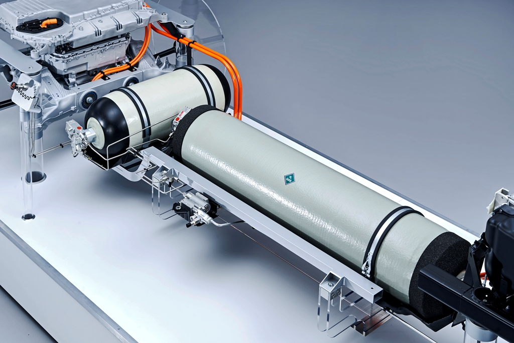 bmw_i_hydrogen_fuel_cell_electric-motor_news_08