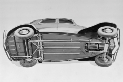 1934-Sospensioni-a-barre-di-torsione-su-Traction-Avant