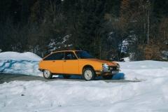 1974-Citroen-GS-con-sospensione-idropneumatica
