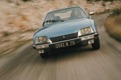 1977-Tenuta-di-strada-e-comfort-sulla-CX2400-GTi