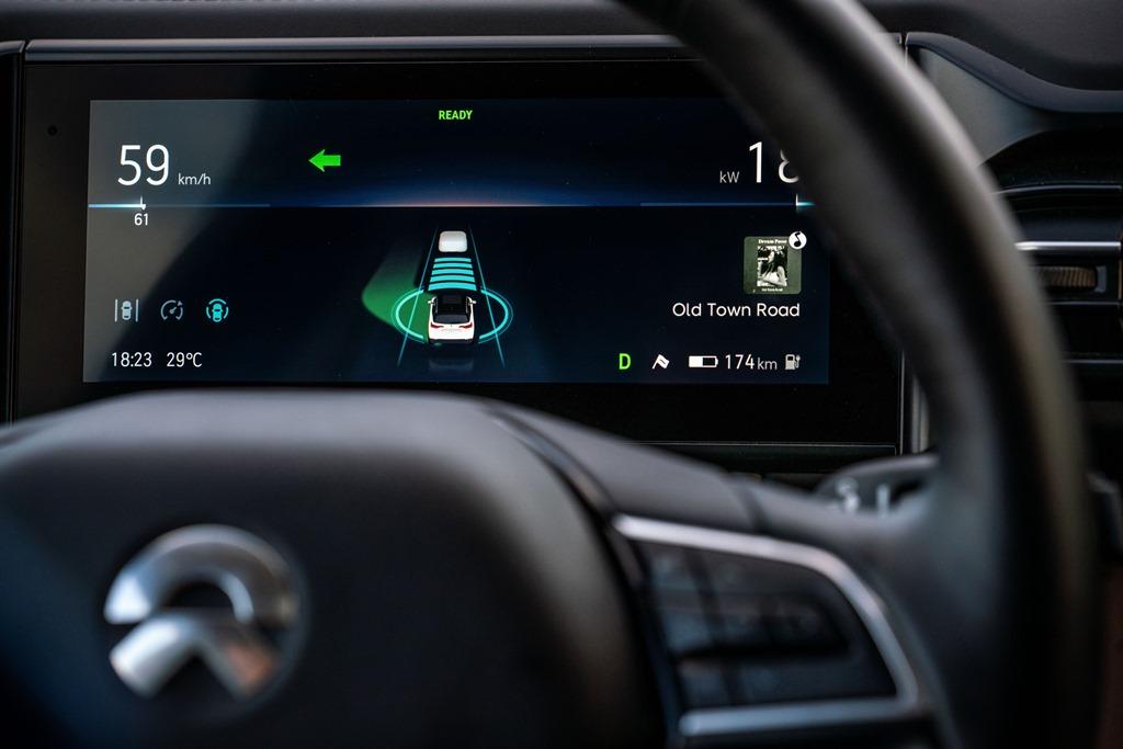 nio_guida_autonoma_electric_motor_news_02