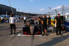 Jean-Eric Vergne (FRA), DS Techeetah and members of his team observe a moment of silence on the grid