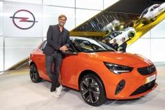 2019-IAA-Frankfurt-Juergen-Klopp-Opel-Corsa-e-508726_0