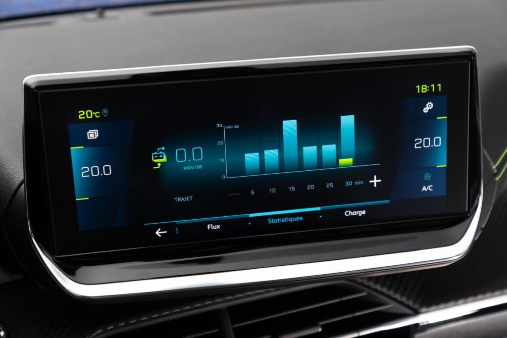 peugeot_e-208_guidare_oggi_il_futuro_electric_motor_news_06