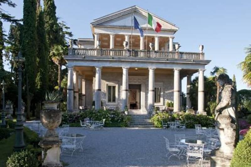 villa_cortina_palace_03