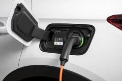 opel_grandland_x_phev_electric_motor_news_07