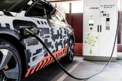 audi_e-tron_prototipo_electric_motor_news_07