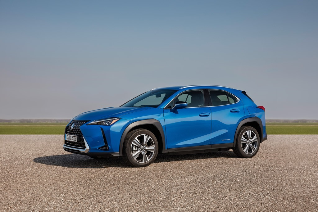 lexus_ux_300e_electric_motor_news_01