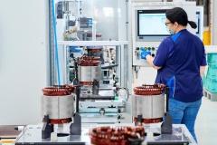 bmw_plant_dingolfing_electric_mpotor_news_18