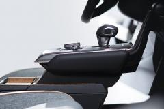 MAZDA-MX-30_Detail_Floating-Console_EU-specification_24