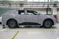 byton_m_byte_prototype_electric_motor_news_01