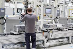 skoda_auto_phev_battery_production_electric_motor_news_03