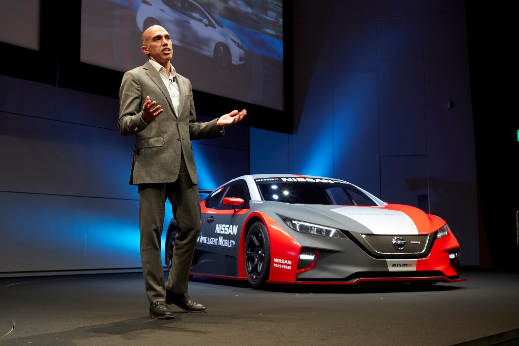 nuova_livrea_nissan_electric_motor_news_19