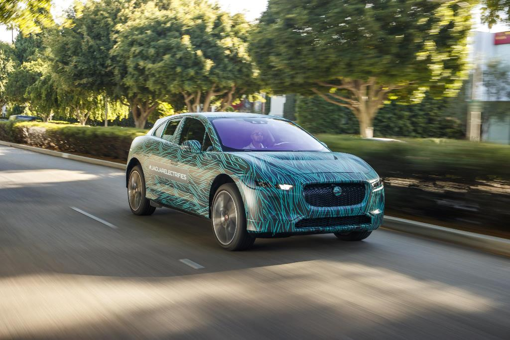 jaguar_i-pace_ride_electric_motor_news_07