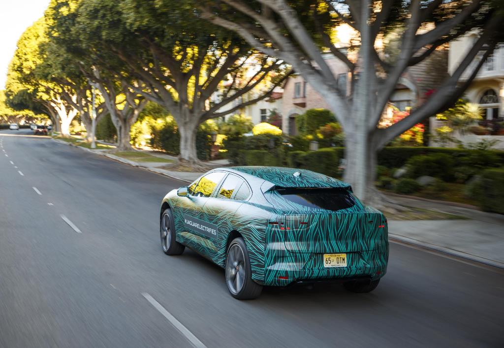 jaguar_i-pace_ride_electric_motor_news_09