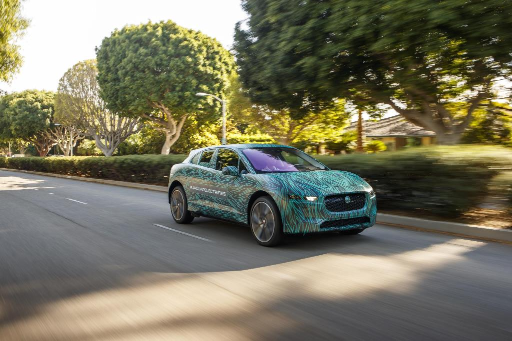jaguar_i-pace_ride_electric_motor_news_10