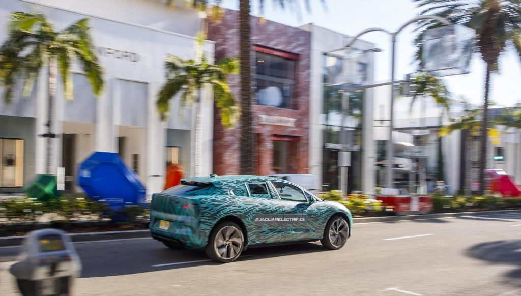 jaguar_i-pace_ride_electric_motor_news_16