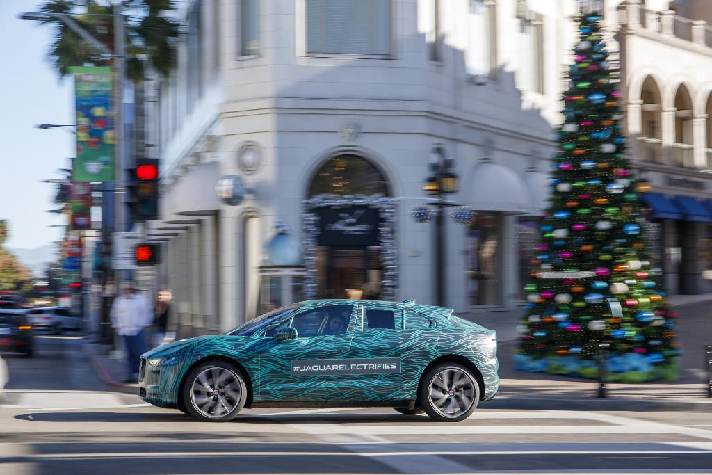 jaguar_i-pace_ride_electric_motor_news_17