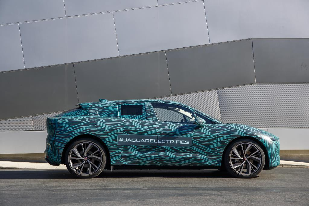 jaguar_i-pace_ride_electric_motor_news_22